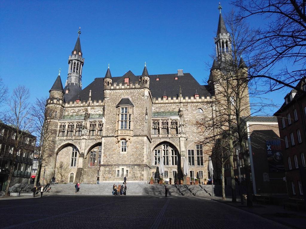 Rathaus Aachen Haushaltsplan