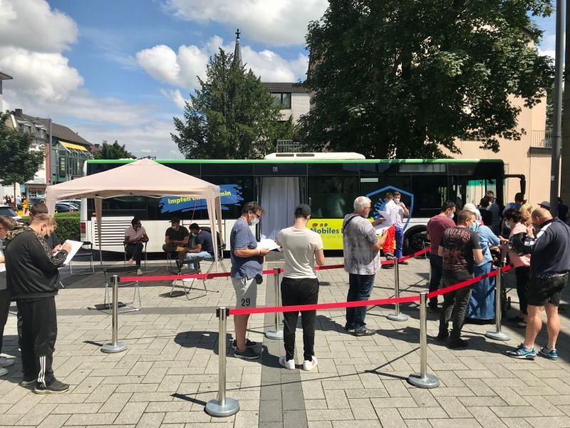 Impfbus in der Städteregion Aachen. Impfung ohne Termin bei freier Auswahl des Impfstoffes.